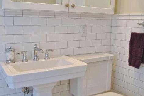 bathroom-Crisp-Classic-Bath-Medicine-Cabinet