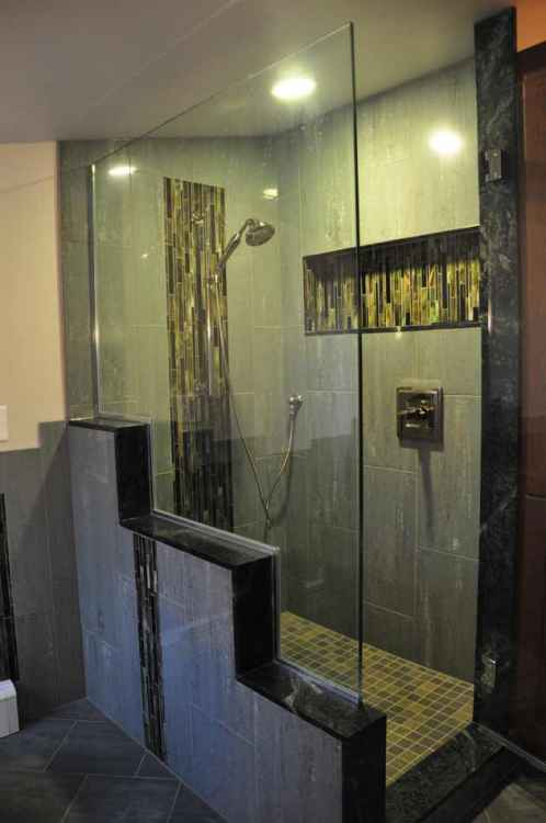 16th ave bathroomminneapolis ohana construction design for Bath remodel mn