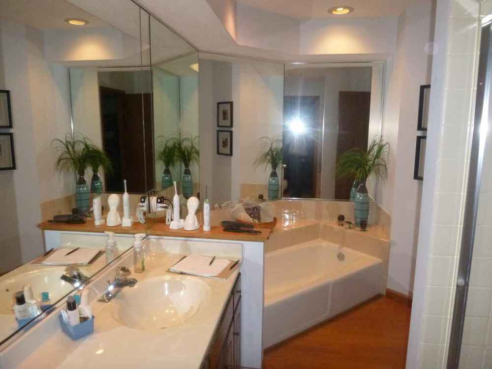Clover Bathroomeagan Ohana Construction Home